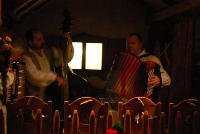 Folkmusik i en av Toruńs restauranger.