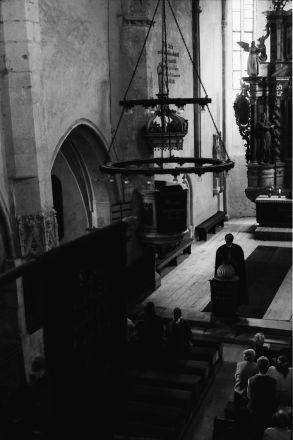 Evangelisk gudstjänst i Reichesdorfs gotiska basilika.