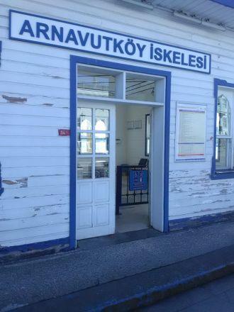 Båtstationen i Arnavutköy.