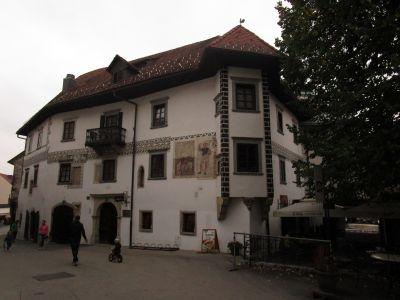 Homan-husets västra fasad.