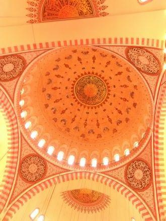 Takmålningar i Süleyman-moskén.