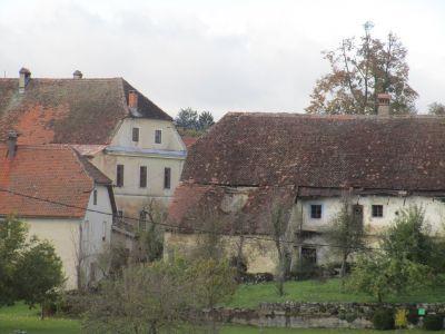 Bastanta bondgårdar. Mellan Ljubljana och Piran.