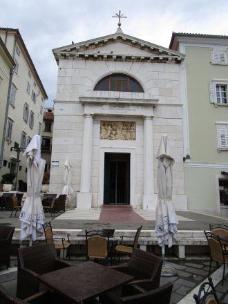 Sankt Petri kyrka vid Tartini-torget.