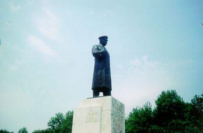 Stalin, en av historiens värsta tyranner, stod staty här under kommunisttiden.