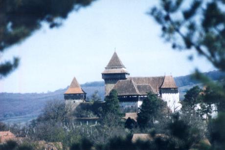 Deutsch-Weisskirch, kyrkoborgen.